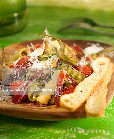 Pâtes aux artichauts et jambon espagnol