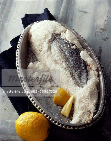 Bar en croûte de sel de Guérande