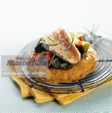 Ratatouille froide et rougets tartelette salées
