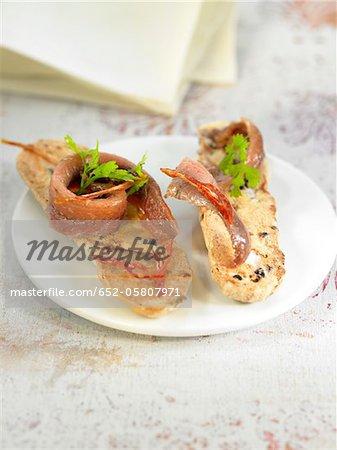 Filets d'anchois sur toast