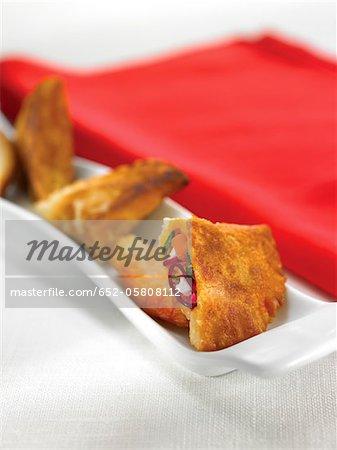 Ziegenmilch Käse und Gemüse Empanadillas