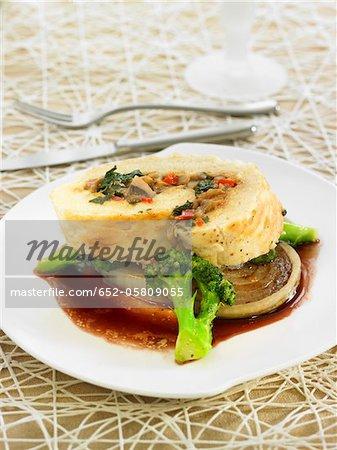 Mushroom,red pepper,broccoli,swiss chard and onion roll