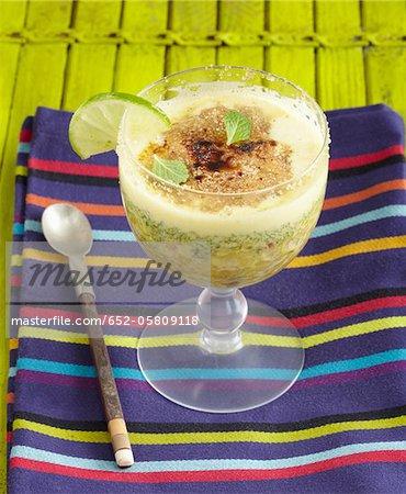 Mojito, écrasé biscuit vanillé et pistaches Verrine