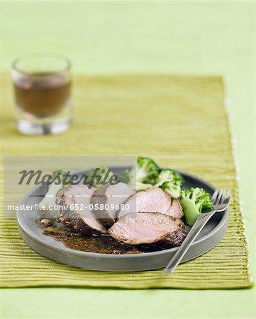 Filet mignon with broccolis