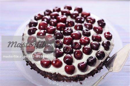 Ccakeocolate and cherry