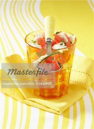 Salade de tomate, la pastèque et fromage