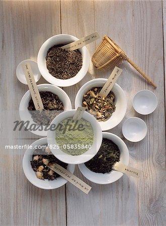 Différents thés aromatisés de Chine et du Vietnam