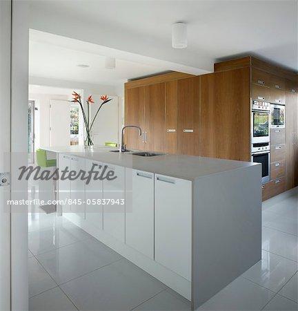 Open plan kitchen extension in Heath Park Drive, London, Paul Archer Design, UK. Architects: Paul Archer Design