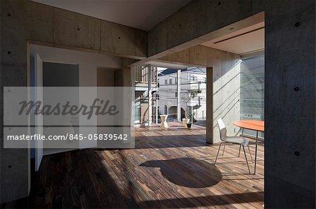 Y-3, Appartementhaus, innere Wohnung Einheit 202 im zweiten Stock. Architekten: Komada Takeshi und Komada Yuka, Komada Architektenbüro