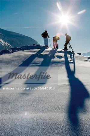Skieurs et Surfeurs des neiges