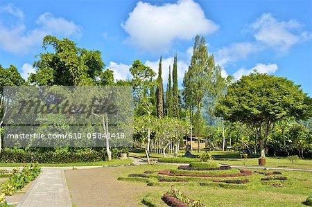 Temple Ulun Danu Bratan Indonésie, Bali, jardins