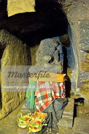 Indonesia, Bali, Goa Gajah temple (elephant cave), statue