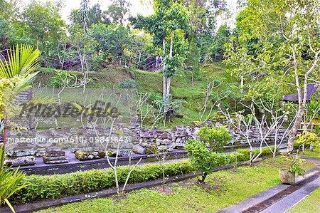 Indonesia, Bali, Goa Gajah temple (elephant cave), garden