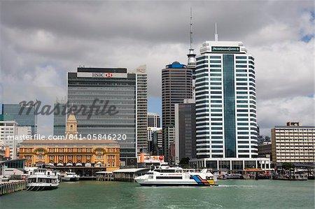 Skyline vu du port de Waitemata, Pacifique, Auckland, North Island, Nouvelle-Zélande