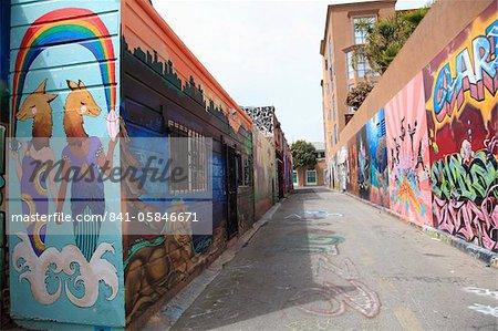 Wandbilder, Clarion Alley, Mission District, Mission, San Francisco, Kalifornien, Vereinigte Staaten von Amerika, Nordamerika