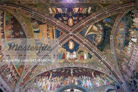Fresques du plafond par Andrea di Bonaiuto, chapelle des espagnols, Santa Maria Novella, Florence, patrimoine mondial de l'UNESCO, Toscane, Italie, Europe
