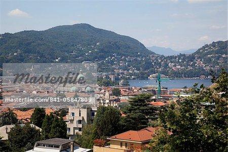 Vue sur la ville de Côme, lac de Côme, Lombardie, lacs italiens, Italie, Europe