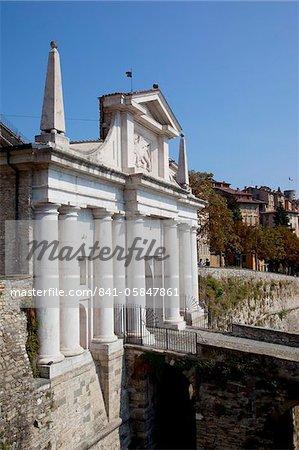Haute-ville et le mur, Bergame, Lombardie, Italie, Europe