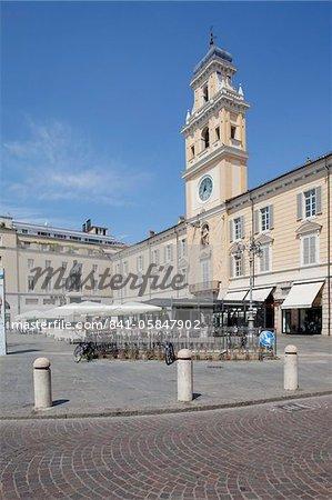 Piazza Garibaldi and Palazzo Del Govenatore, Parma, Emilia Romagna, Italy, Europe