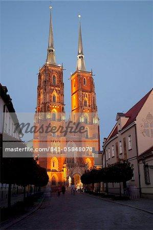 Cathédrale au crépuscule, Old Town, Wroclaw, Silésie, Pologne, Europe