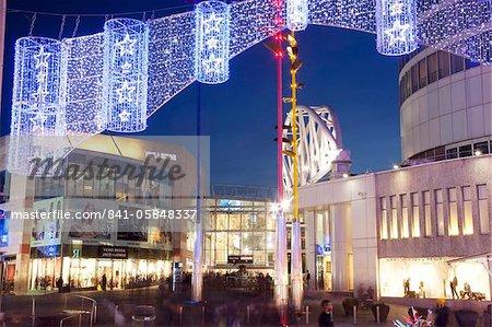 Stierkampfarena Einkaufszentrum an Weihnachten, City Centre, Birmingham, West Midlands, England, Vereinigtes Königreich, Europa