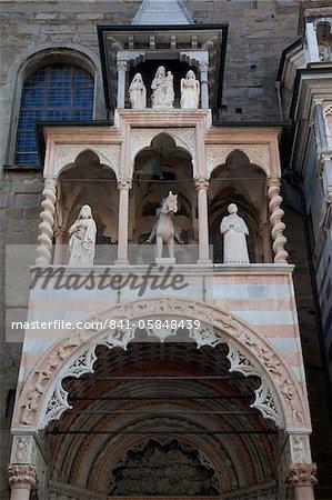 Detail of facade of Colleoni Chapel, Piazza Vecchia, Bergamo, Lombardy, Italy, Europe
