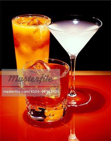 Trois cocktails mixtes