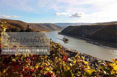 Gutenfels Castle and Pfalzgrafenstein Castle, Kaub, Rhine Valley, Rhineland-Palatinate, Germany, Europe
