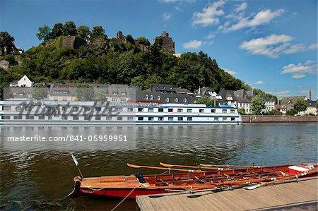 Old Town with castle on the River Saar, Saarburg, Rhineland-Palatinate, Germany, Europe
