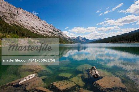 Medicine Lake, Parc National Jasper, UNESCO World Heritage Site, Colombie-Britannique, montagnes Rocheuses, Canada, Amérique du Nord