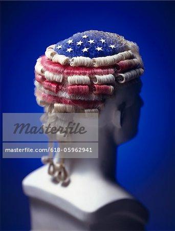 Perruque patriotique sur mannequin