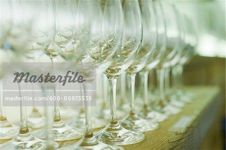 Gros plan des verres à vin dans le Restaurant, Salzbourg, Autriche