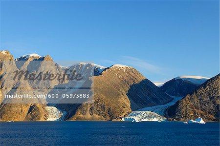 Icebergs et les glaciers, O Fjord, Scoresby Sund, Groenland