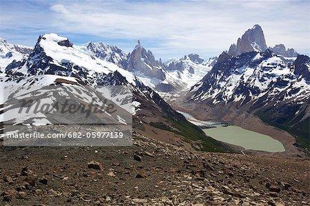 Distant views of Laguna Torre, Cerro Torre and Mt Fitz Roy, Parque Nacional Los Glaciares, El Chalten, Patagonia, Argentina
