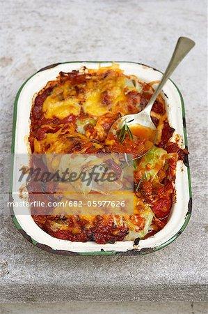 Traditionnelle africaine de cuisson. Roulades de chou égyptienne. Ingrédients - agneau haché, choux, tomates, piment, persil olives, ail