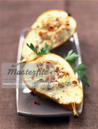 rempli de poires au fromage bleu et noix