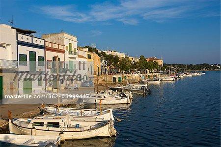 Traditionelle Fischerboote in Portocolom, Mallorca, Balearen, Spanien