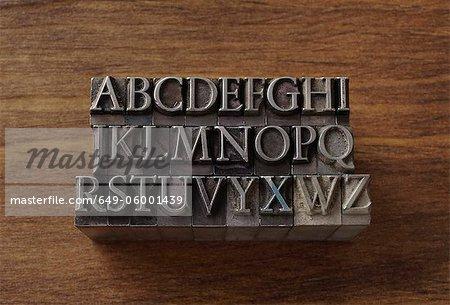 Type de plomb dans les lettres de l'alphabet