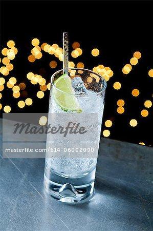 Gin and tonic en verre