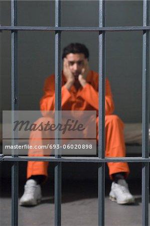 Prisonnier dans une cellule