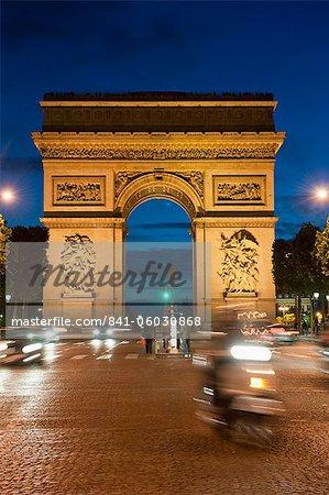 Traffic around Arc de Triomphe, Avenue des Champs Elysees, Paris, France, Europe