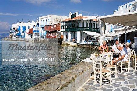 Petite Venise dans la ville de Mykonos, l'île de Mykonos, Cyclades, îles grecques, Grèce, Europe