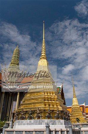 Golden chedi, Wat Phra Kaeo Complex (Grand Palace Complex), Bangkok, Thailand, Southeast Asia, Asia