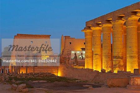 Tempel von Luxor, Theben, UNESCO World Heritage Site, Ägypten, Nordafrika, Afrika