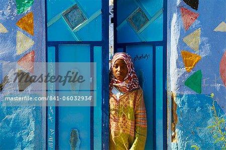 Nubische gemalten Dorf in der Nähe von Assuan, Ägypten, Nordafrika, Afrika