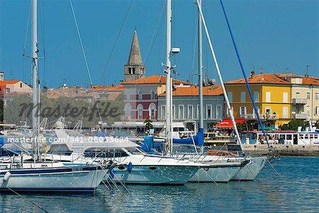 Vue sur la Marina, Porec, Istrie, Croatie, Adriatic, Europe