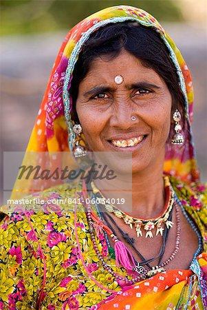 Portrait de femme, lac de Pushkar, Rajasthan, Inde, Asie