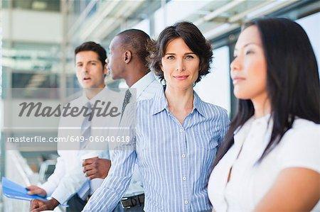 Gros plan de businesswomans souriant visage
