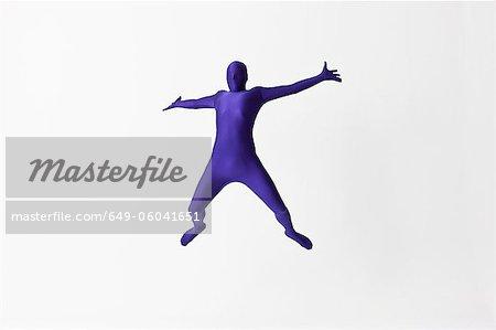 Man in Body sautant de joie