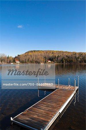 Dock am See, Gaspesie, Quebec, Kanada